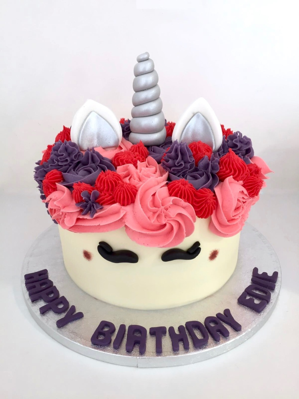2-monday-national-unicorn-day-cake-1